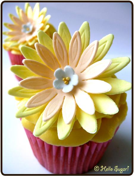 Vanilj och passionsfrukt cupcakes