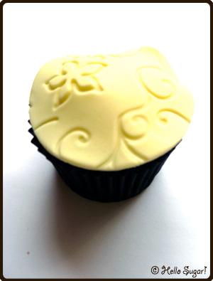 täcka cupcakes med sugarpaste 4