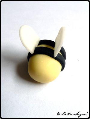 göra honungsbin i sugarpaste - bild 9