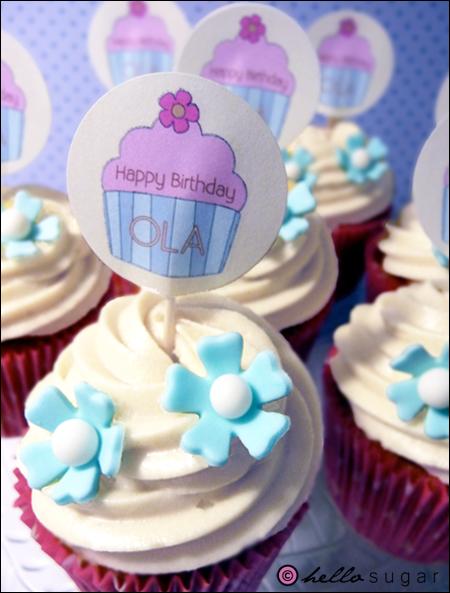 cupcakes med cupcakepicks till olas födelsedag